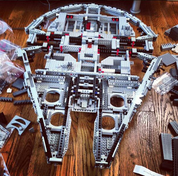 Lego Star Wars Millennium Falcon 10179 Ultimate Edition